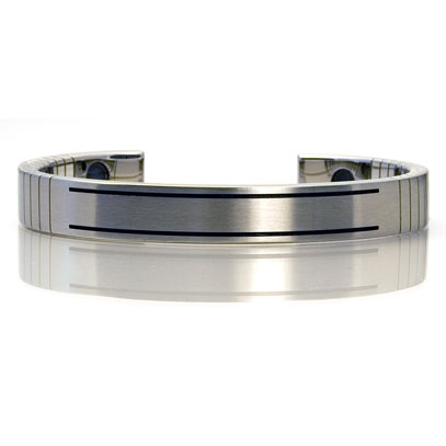 Q-LINK Q-link Mens Brushed Srt-3 Bracelet - Stainless Steel - Medium
